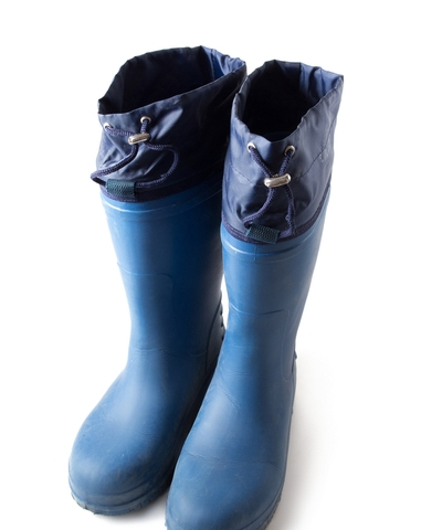 Why Businesses Should Provide High Quality Safety Boots?